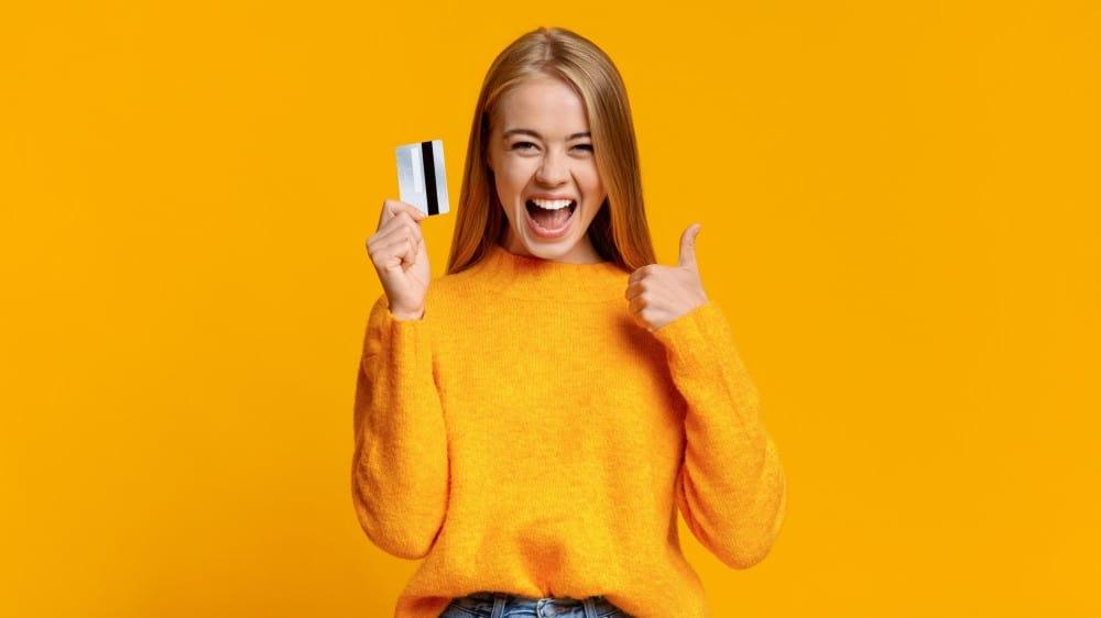 Hur ansöker man om ett kreditkort?