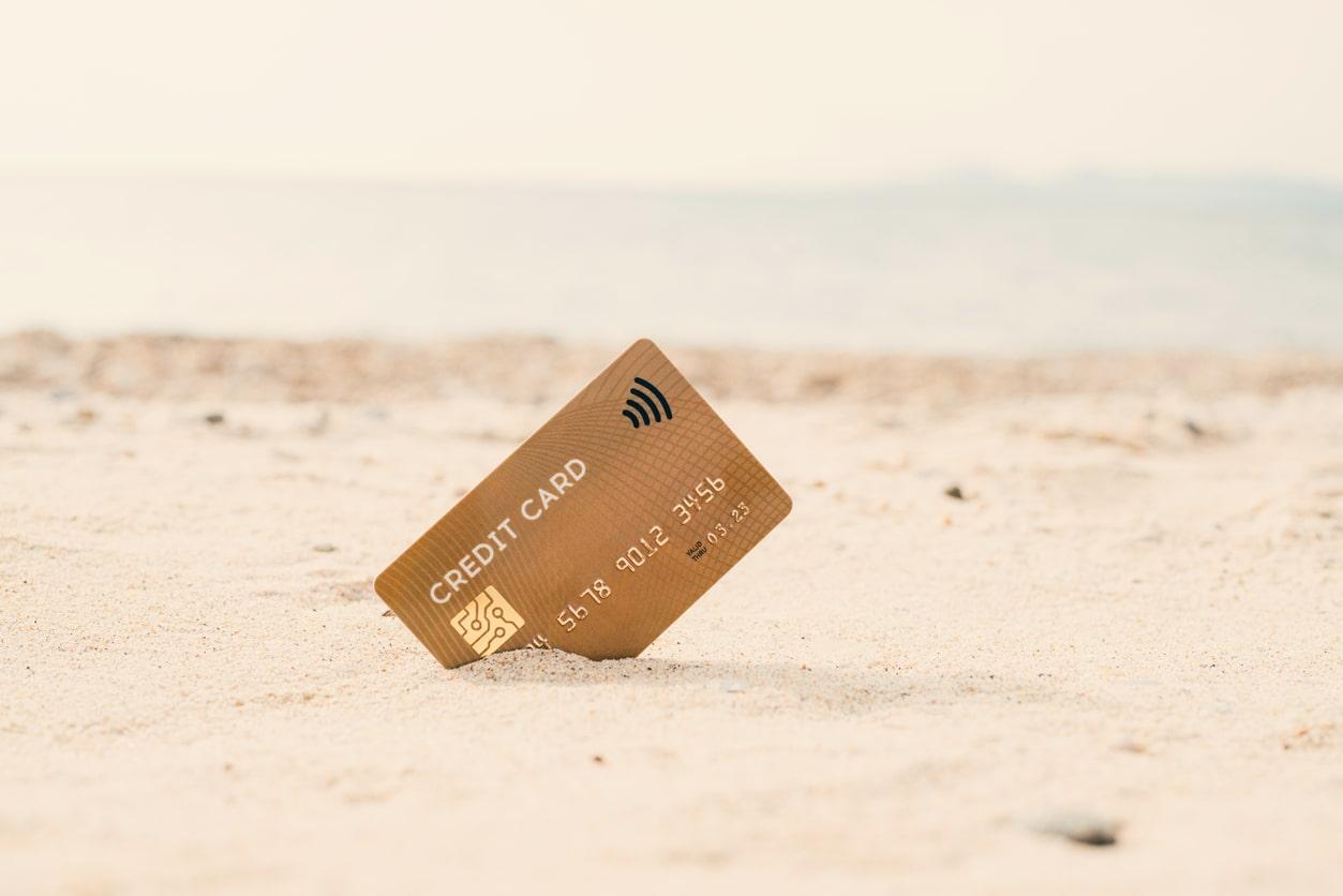 Vad är ett kreditkort och hur fungerar de?